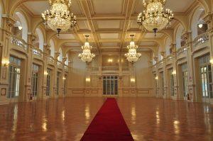 Na foto, o Salão Nobre do Palace Casino.
